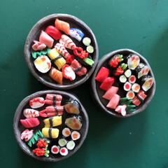 ハンドメイド/ダイソー/わたしの手作り ずラーり❣️お寿司マグネット3個セットで…(2枚目)