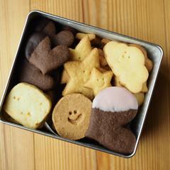 キュート/ニコニコ/作ってみたょ/詰め合わせ/可愛い/クッキー缶/... Happy♡Valentine**²⁰²⁰