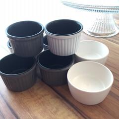 ココット型/ココット/キッチングッズ収納/キッチングッズ/ダイソー/セリア/... 小さなカップケーキやスフレ等を作る時に重…