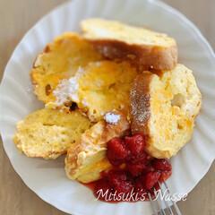 手作りおやつ/旬の食材/イチゴジャム/イチゴ/フレンチトースト/LIMIA仲間/... 今が旬のイチゴを添えたフレンチトーストを…(3枚目)