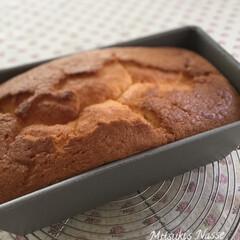 パウンドケーキレシピ/パウンドケーキ型/パウンドケーキ/ケーキレシピ/ケーキ型/手作りおやつ/... パウンドケーキを焼きました🥚 テフロン加…