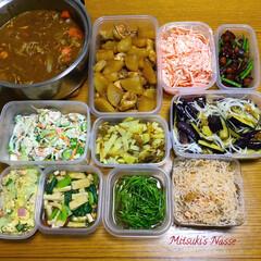 つくりおき/Mitsuki's Nasse/LIMIAな暮らし/おうちごはん/作り置きおかず/お弁当のおかず&便利グッズ/... 一週間分の作り置きおかず❗️約3時間で作…