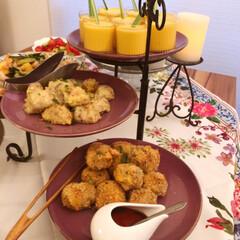 パーティー/ビュッフェ/LIMIAな暮らし/Mitsuki's nasse/ホームパーティー/ダイソー/... 三段ケーキトレイを使ってブュッフェパーテ…