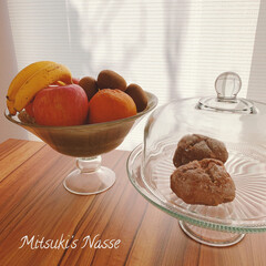 わたしのキッチン道具/キッチンと暮らす。/果物入れ/果物/フルーツ/おうちパン/... 私のキッチンの片隅には、ケーキスタンドと…(1枚目)