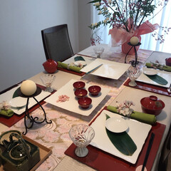 キャンドルスタンドオルフェ小 ブラウン(キャンドルホルダー)を使ったクチコミ「春の和食膳のテーブルコーディネート🌸白い…」