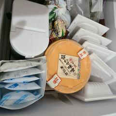 整理収納/冷凍庫収納/簡単/冷凍食材/フリーザー/冷凍庫管理/... 行方不明になりがちな保冷剤は牛乳パックへ…