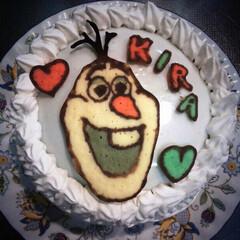 アナと雪の女王/スベン/アナ雪/オラフ/キャラケーキ/誕生日ケーキ ムスメにオラフ作りました。 丁度アナ雪や…