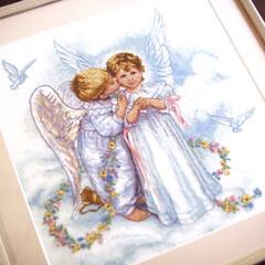 天使/額縁/クロスステッチ/クロスステッチ刺繍/針仕事/秋 クロスステッチ作品です