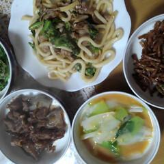 春野菜/土筆/山菜/フォロー大歓迎/わたしのごはん/おうちごはんクラブ/... 上左から 菜の花ごま和え 菜の花、豚肉の…