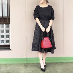 ユニジョ/ファッション/今日のコーデ/通勤コーデ/プチプラコーデ/ママコーデ ワントーンコーデは、素材感を異なるもの同…