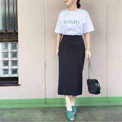 通勤コーデ/ユニジョ/ファッション/今日のコーデ/プチプラコーデ/ママコーデ cocaのロゴTにUNIQLOのタイトス…