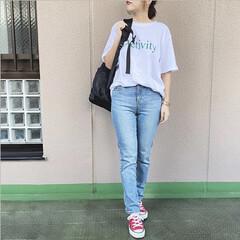 ユニジョ/プチプラコーデ/今日のコーデ/ママコーデ/ファッション 個性的で気に入っているグリーンのロゴT💚…