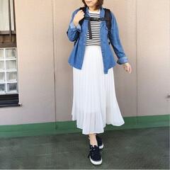 ママコーデ/今日のコーデ/ユニクロコーデ/プチプラコーデ/ファッション 休日コーデ❤️ 甘めなプリーツスカートを…