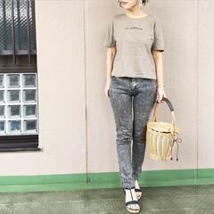 プチプラコーデ/ファッション/休日コーデ/今日のコーデ/ママコーデ ZARAのロゴTに、スリムなシルエットの…