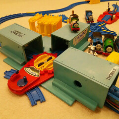 回転台/トーマス/ハンドメイド/DIY トーマス   回転台で遊ぶトンネル作りま…