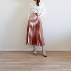 春コーデ/プリーツスカート/ザラジョ/ザラ/ZARA/GU/... 春らしいピンク色のプリーツスカート✨ さ…