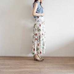 fifth/イネス/イネスコラボ/ユニクロ/UNIQLO/ファッション/... レースのノースリーブに花柄のスカートが上…