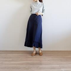 スカートコーデ/イネスコラボ/UNIQLOコーデ/ユニクロ/UNIQLO/ファッション イネスコラボのUNIQLOスカート♡ 裾…