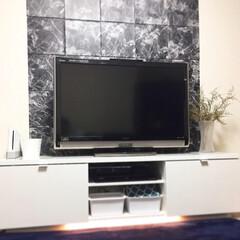 テレビボード/リビングダイニング/おうち/フォロー大歓迎/DIY/ハンドメイド/... 【100均】でリビングの壁を簡単DIY …