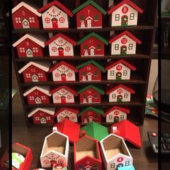 コインチョコ/チロルチョコ/アドベントカレンダー/DIY/カルディ/クリスマス 去年買って ペイントしたカルディのアドベ…