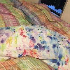 ベッドカバー/雑貨/住まい 色の洪水で眠る