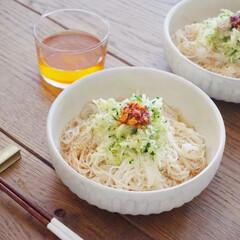 アミューズ・ブッシュ ボデガ 7.10860(皿)を使ったクチコミ「今日のお昼は素麺 レシピ本でみたアレンジ…」