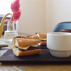 朝時間/朝活/朝ごはんレシピ/朝ごはん/おうち/おうちごはんクラブ/... 粒あんとバターを挟んで朝ごはん。