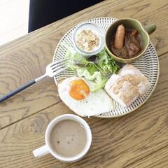 うつわ日和/リミアな暮らし/テーブルコーディネート/朝ごはん/キッチン雑貨/暮らし 一口残ったカレーをミニカップに乗せて朝ご…
