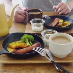 柳宗理 日本製 南部鉄器 ミニパン 16cm フライパン IH対応 ふた無し YT-13 | 柳宗理(その他キッチン、日用品、文具)を使ったクチコミ「スキレットで朝ごはん。 ズリバイが上手く…」