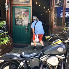 ショップ風/カフェ風/DIY/木造倉庫/バイクガレージ/ハーレーダビッドソン/... 「あの〜ここ何屋さんですか?」  インス…