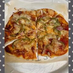 ぶっかけうどん/自家製ピザ/令和の一枚/おうちごはんクラブ 自家製ピザ💕 生地とピザソースも手作りし…