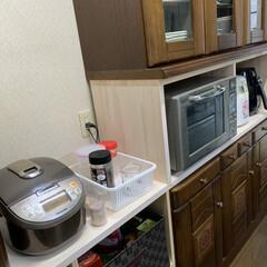 米びつ/食器棚プチ改造/消防団活動自粛 食器棚プチ改造💕 旦那が入ってる消防団の…
