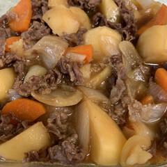 レンチン料理/王道おかずが好き/食に保守的/レンチン肉じゃが レンチン肉じゃが💕 昨日のレンチンかぼち…(1枚目)