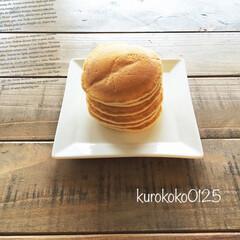 パンケーキ/Vita/グルメ/フード/スイーツ/おうちごはん/... パンケーキ。 何枚も重ねてシンプルにバタ…