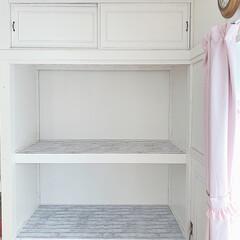 押し入れ収納/和室リフォーム/断捨離/リミアな暮らし/100均/DIY/... 🛠 ・ #和室から洋室 へ14回目。 白…