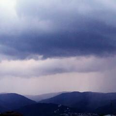 空をよむ/雷/散歩/空/犬派/令和の一枚/... あれは雨雲だ〰️☔雨が来るぞ~‼️ お散…(4枚目)