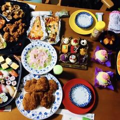 海老・蟹のオードブル/焼き蟹/我が家の夕食/ハッピーハロウィン/オードブル/握り寿司/... 🎃我が家の夕食🥢 happybirthd…(2枚目)