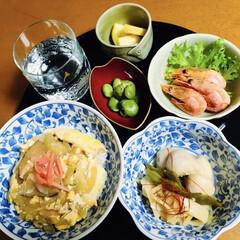里芋料理/そら豆/海老唐揚げ/我が家の夕食/卵丼 🍚我が家の夕食🥢 卵丼🥚 里芋・インゲン…