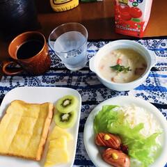 積雪注意報/寒波/我が家の朝ゴパン 🍞我が家の朝ゴパン☕️ トースト。 白菜…