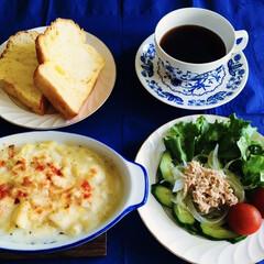 朝ゴパン/フォロー大歓迎 🍞我が家の朝食☕️ 久しぶりにパン朝食。…