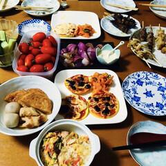 ショートケーキ/オリンピック/焼き鳥/サッカー応援/我が家の夕食 🍚我が家の夕食🥢 息子と彼女が買ってきた…(1枚目)