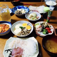 M1/我が家の夕食/豆腐料理/厚揚げチリ/刺身 🍚我が家の夕食🥢 刺身。 温豆腐にしめじ…