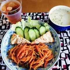 ポテトスープ/スパニッシュオムレツ/ナポリタンスパゲティ/フォロー大歓迎/食欲の秋 🍝我が家の夕食🍴 ナポリタン🍝 スパニッ…