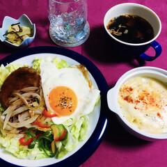 グラタン/ロコモコ丼/春のフォト投稿キャンペーン/ありがとう平成/令和の一枚/フォロー大歓迎/... 🍚昨夜の夕食🥄 Haru風ロコモコ丼。 …
