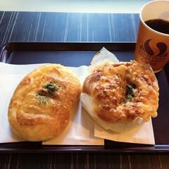 産直マルシェ/焼きたてパン/モーニングタイム/朝のお出かけ/我が家の朝ゴパン/おうちごはん/... 🍞今日のモーニングタイム☕️ 朝早くから…