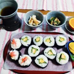 我が家の夕食/母親誕生日/太巻き/簡単/スタミナご飯/スタミナ丼/... 🎋我が家の夕食🥢 太巻き。 ニラ卵🥚 長…