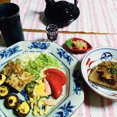 レンチン料理/カブ料理/大根料理/シイタケ料理/我が家の夕食/おうちごはん/... 🍚我が家の夕食🥢 椎茸マヨ焼き。 マカロ…