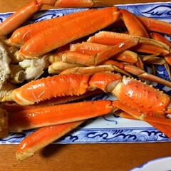 鯛/蟹/七草粥/あけおめ/フォロー大歓迎/冬/... 今日の無病息災夕食🥢 七草粥。 鯛鍋(頭…(2枚目)