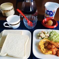 きな粉ヨーグルト/ルヴァンシリーズ/鶏肉トマト煮/ボンチャイナ/セリア/100均/... 🍞我が家の朝ゴパン🍽 ヤマザキパンのルヴ…