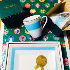 クリスマスケーキ/クリスマスプレゼント/クリスマス2019/フォロー大歓迎 🎄クリスマスプレゼント🎁 朝起きたらあり…